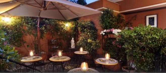 Rome - Courtyard